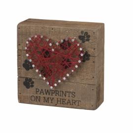 String Art - Pawprints on My Heart